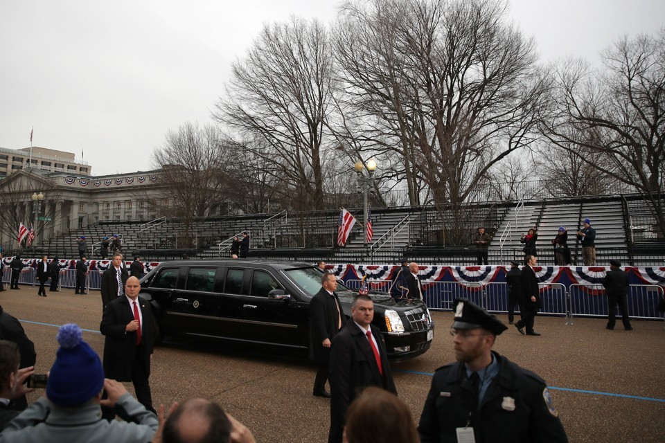 Trump limo, empty stands, on Inauguration Day 2017